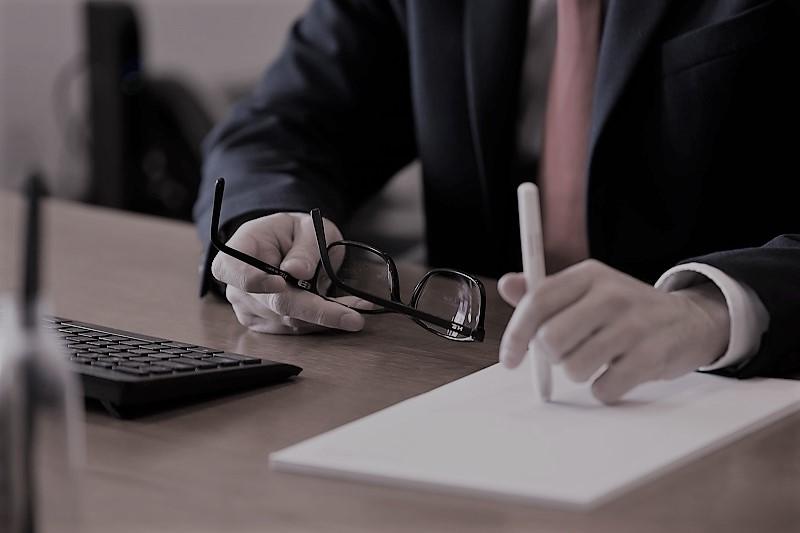 Transmissão de Estabelecimento Alteração ao Código do Trabalho Simplificação de procedimentos administrativos;prazos para requerimento de apoios excecionais