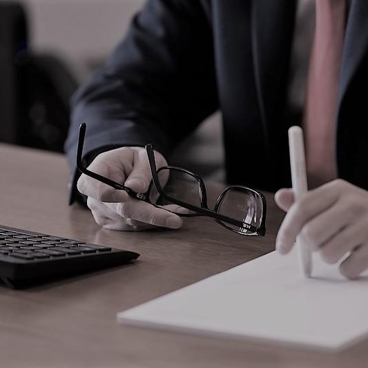 Transmissão de Estabelecimento Alteração ao Código do Trabalho Simplificação de procedimentos administrativos; prazos para apoios excecionais
