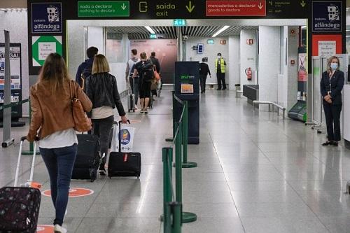 procedimentos de controlo de fronteiras; regras atuais para o tráfego aéreo; controlo de fronteiras; voos de e para Portugal