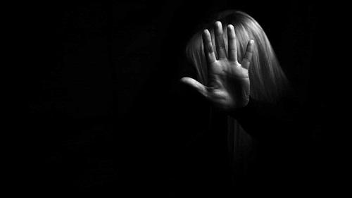 Violência Doméstica - licença especial e subsídio para reestruturação familiar