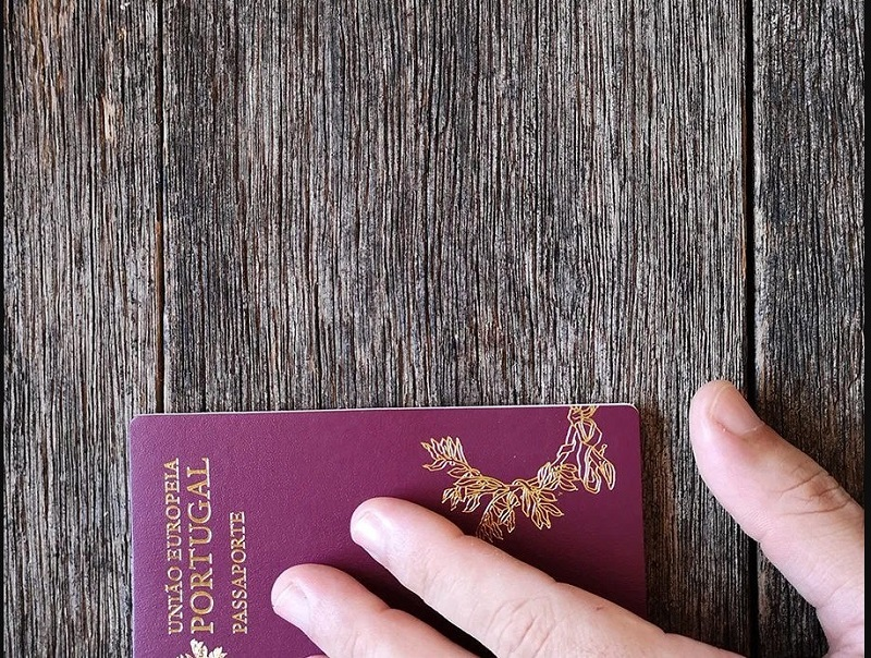 golden visa; gold visa